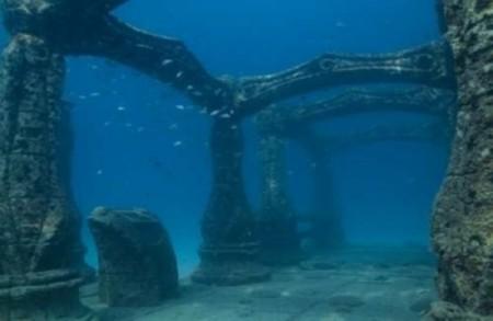 Podmořské ruiny v jamajském přístavu Port Royal