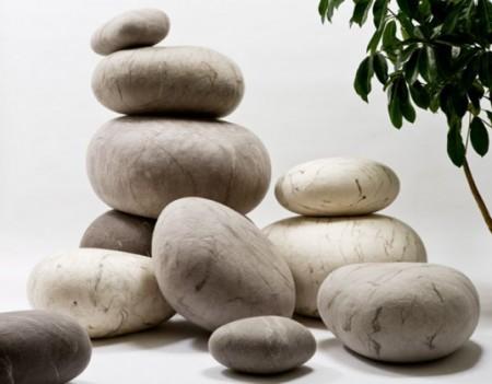 Polštáře kameny
