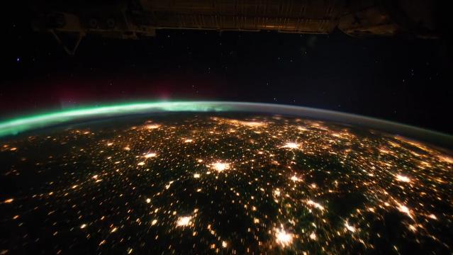 Země při pohledu z mezinárodní vesmírné stanice